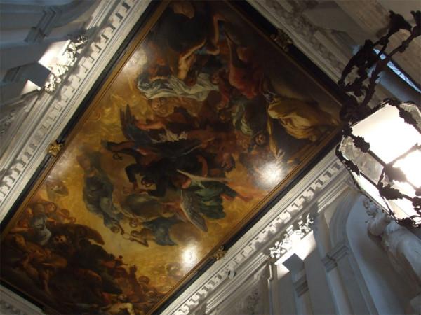 Particolare soffitto scala monumentale